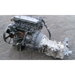 900 series of diesel engines Mercedes-Benz